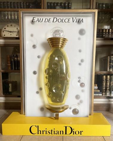 Présentoir Dolce Vita Christian Dior