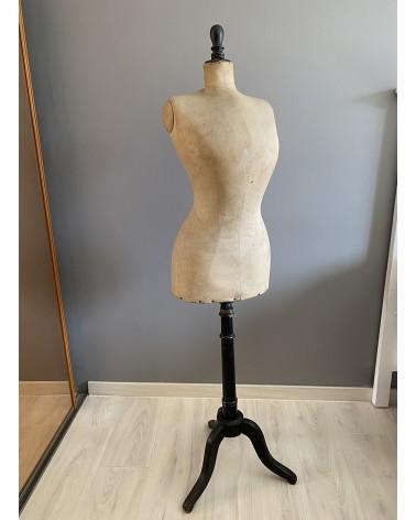 Mannequin de couture ancien taille de guêpe
