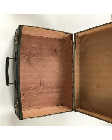 vieille valise en cuir
