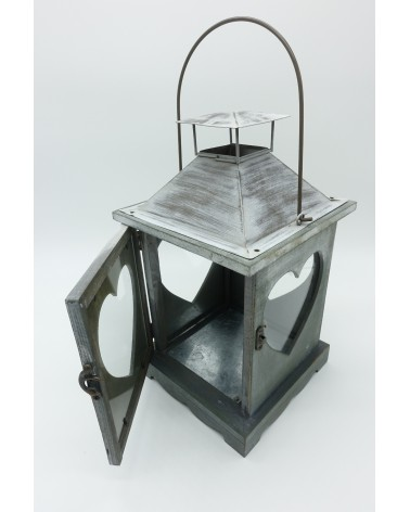 lanterne en bois grise