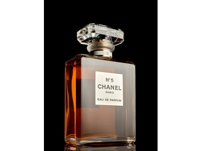 Chanel n°5 : 100 ans d'histoire